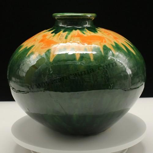 三彩陶罐墨绿色