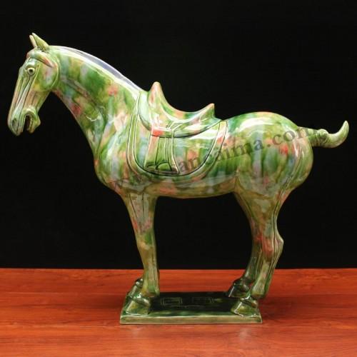 翡翠绿汉三彩马侧面