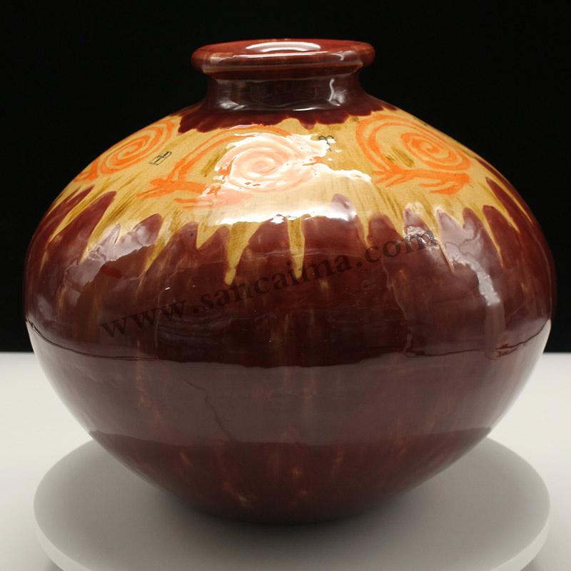 精美的唐三彩陶器